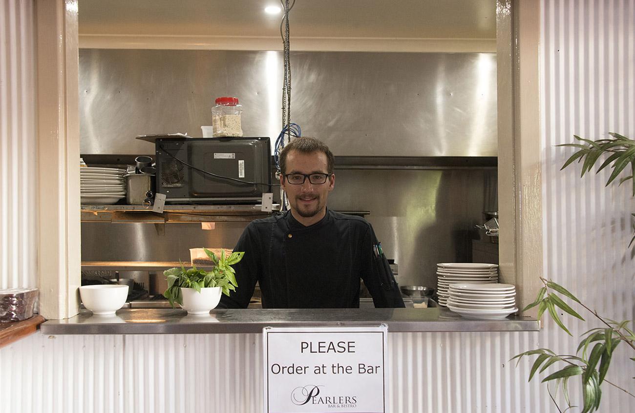 Roey Hotel kitchen